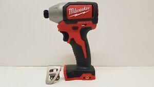 Milwaukee-M-18-blid-0-18-V-Li-Ion-Brushless-Impact-Driver-170-Presque-comme-neuf-Garantie