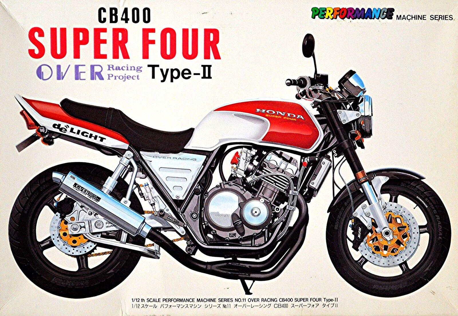Honda CB400 Super Quattro Over Racing Project Tipo-Ii 1:12 Kit di Costruzione