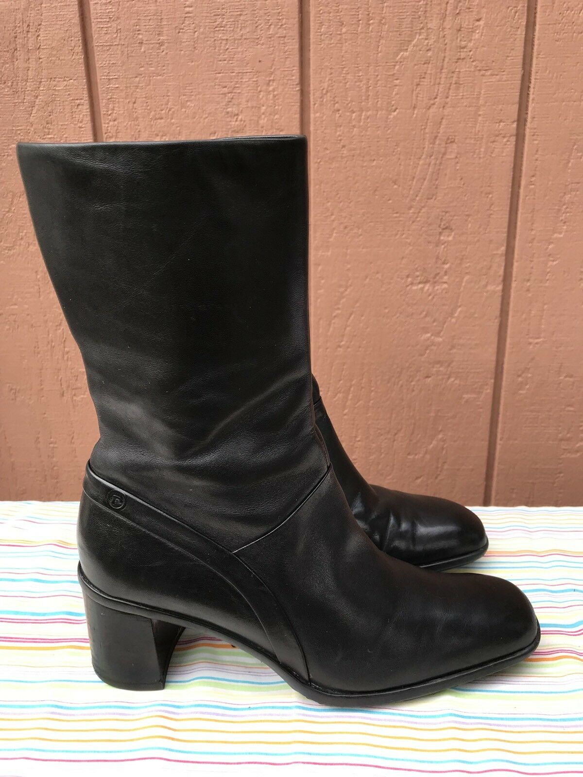 EUC Rockport Women's Black Leather Soft Leather Black Side Zip Boots Size US 6M APW 11031 3215bc