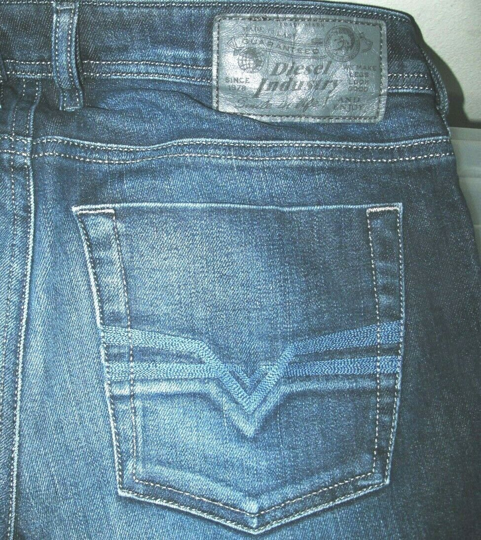 HOT AUTHENTIC Men DIESEL ZATINY 882V Regular BOOTCUT DARK STRETCH Jeans 28 x 30