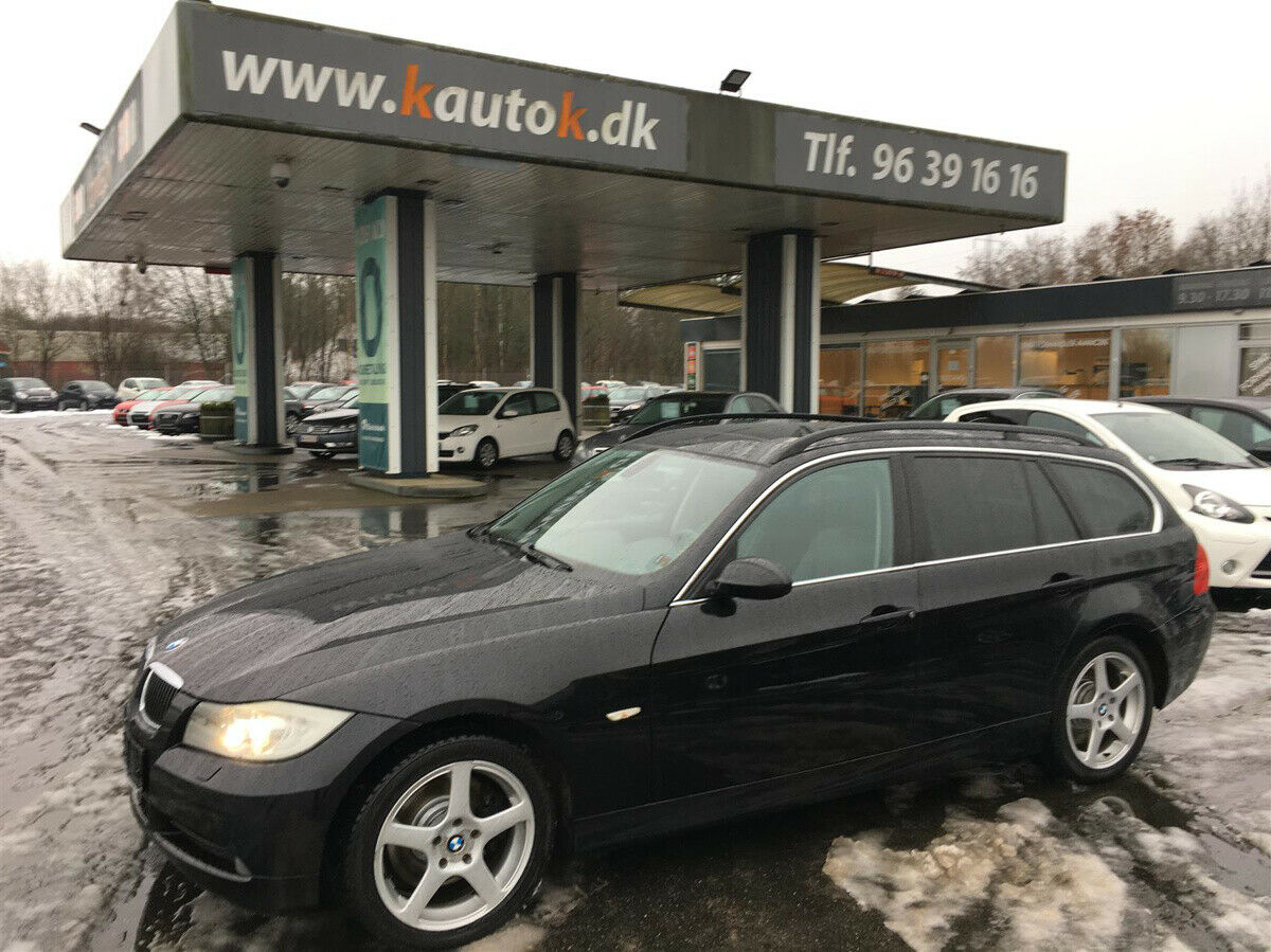 BMW 325d 3,0 Touring Steptr. 5d