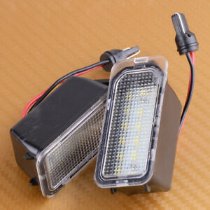 2X-LED-Kennzeichenbeleuchtung-fuer-Ford-Fiesta-Focus-S-C-MAX-Mondeo-Escape-Kuga