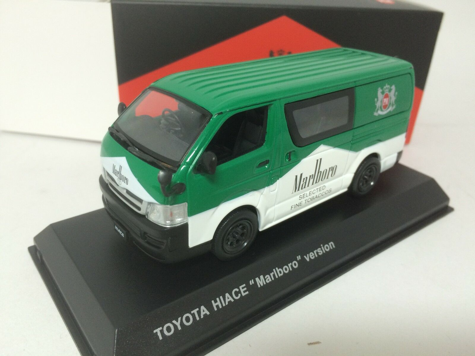 1 43 Kyosho Toyota Hiace 2012 Special TOBACCOS Version Green