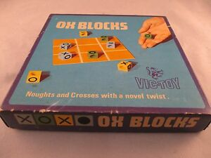 VINTAGE-RETRO-1970-VIC-TOY-OX-BLOCKS-NOUGHTS-amp-CROSSES-GAME