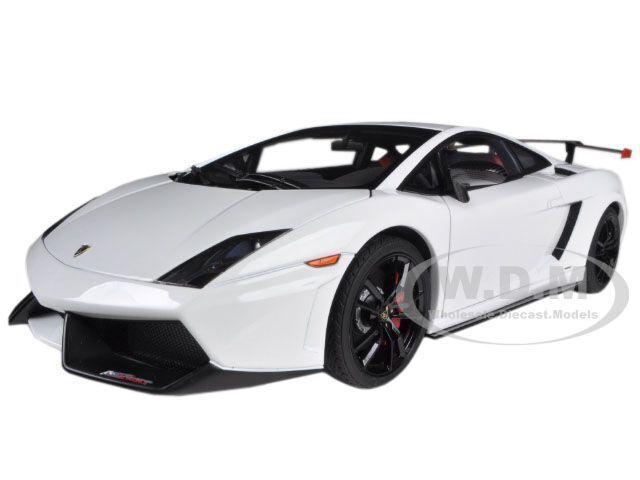 mejor vendido Lamborghini Gallardo Lp570 súpertrofeo Stradale blancoo 1 18 De Autoart Autoart Autoart 74693  hasta 42% de descuento