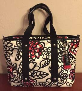 Coach poppy flower graffiti zip tote purse bag white black red coach poppy flower graffiti zip tote purse bag mightylinksfo