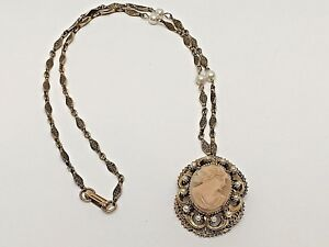 Florenza-CAMEO-PENDANT-NECKLACE-Faux-Pearls-Gold-Color-24-034-L-Chain-Signed