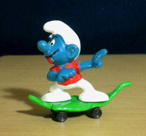 Smurfs Skateboarder Smurf 40204 Leaf Skate Board Figure Vintage Toy PVC Figurine