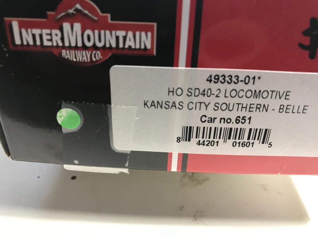 INTERMOUNTAIN Ho Scale Locomotive SD40-2 Kansas City Southern 651 NIB