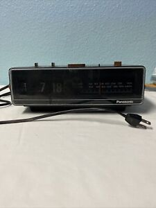 Vintage-Panasonic-Flip-Clock-AM-FM-Radio-Alarm-1970-039-s-Working-Model-RC-6045