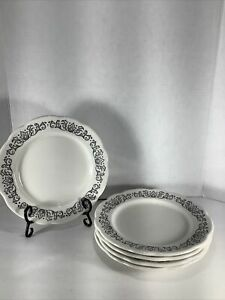 Set-of-5-Buffalo-China-9-75-Scalloped-Edge-Black-amp-White-Design-Dinner-Plates