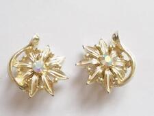 VINTAGE 50'S PALE GOLD TONE CREAM ENAMEL AURORA BOREALIS CRYSTAL FLOWER EARRINGS