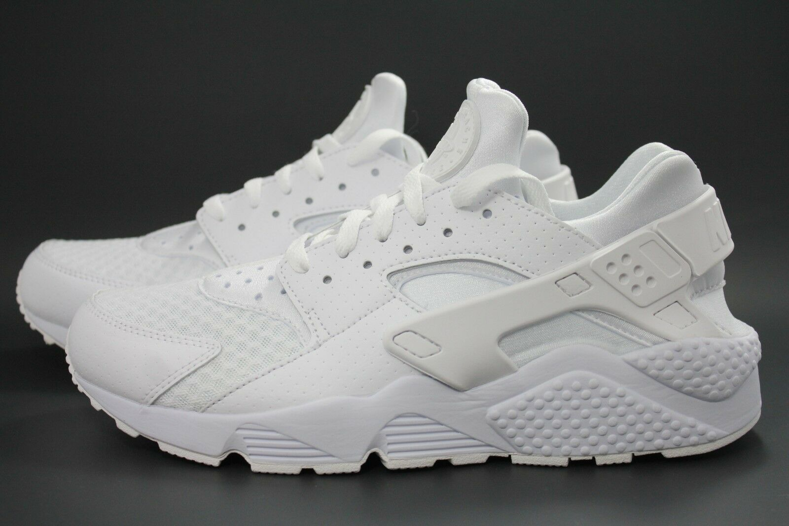 MEN'S NIKE AIR HUARACHE WHITE-PURE PLATINUM 318429-111