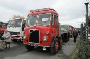 PHOTO-1955-BRISTOL-HG6L-FLATBED-LORRY-RGC-251-AT-MACS-CAFE-PADWORTH-BACON-BUTTY