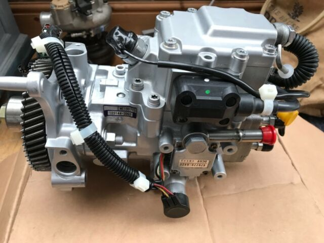 MITSUBISHI SHOGUN 3 2 DID 4M41 Diesel Engine Injectors Mk3 1999