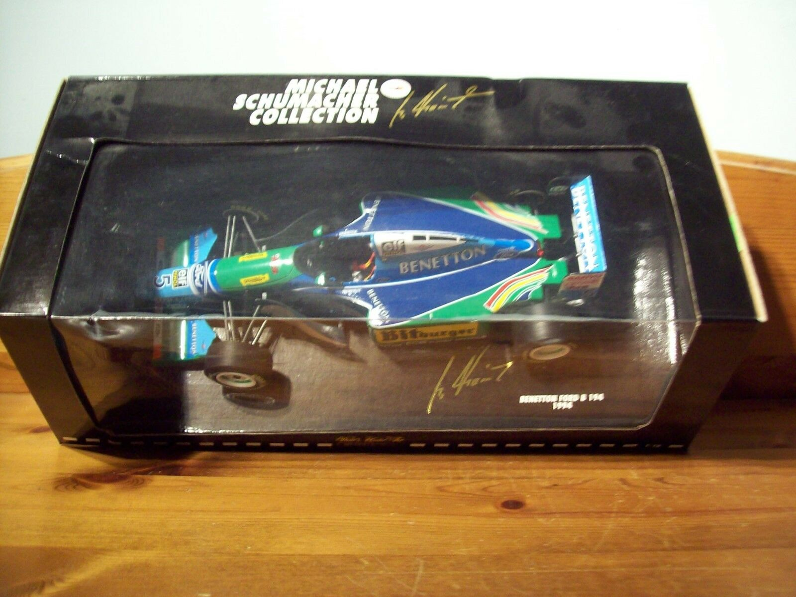 1 18 Michael Schumacher BENETTON FORD B194 BITBURGER champion du monde 1994