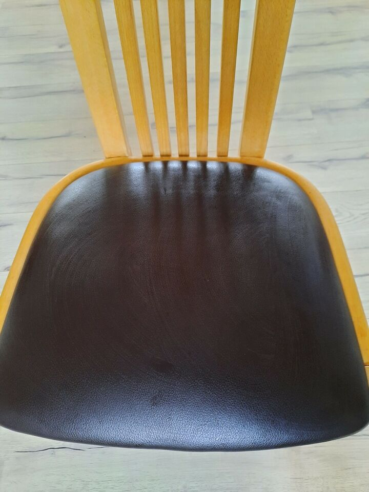 Spisebordsstol, Bøg, Skovby