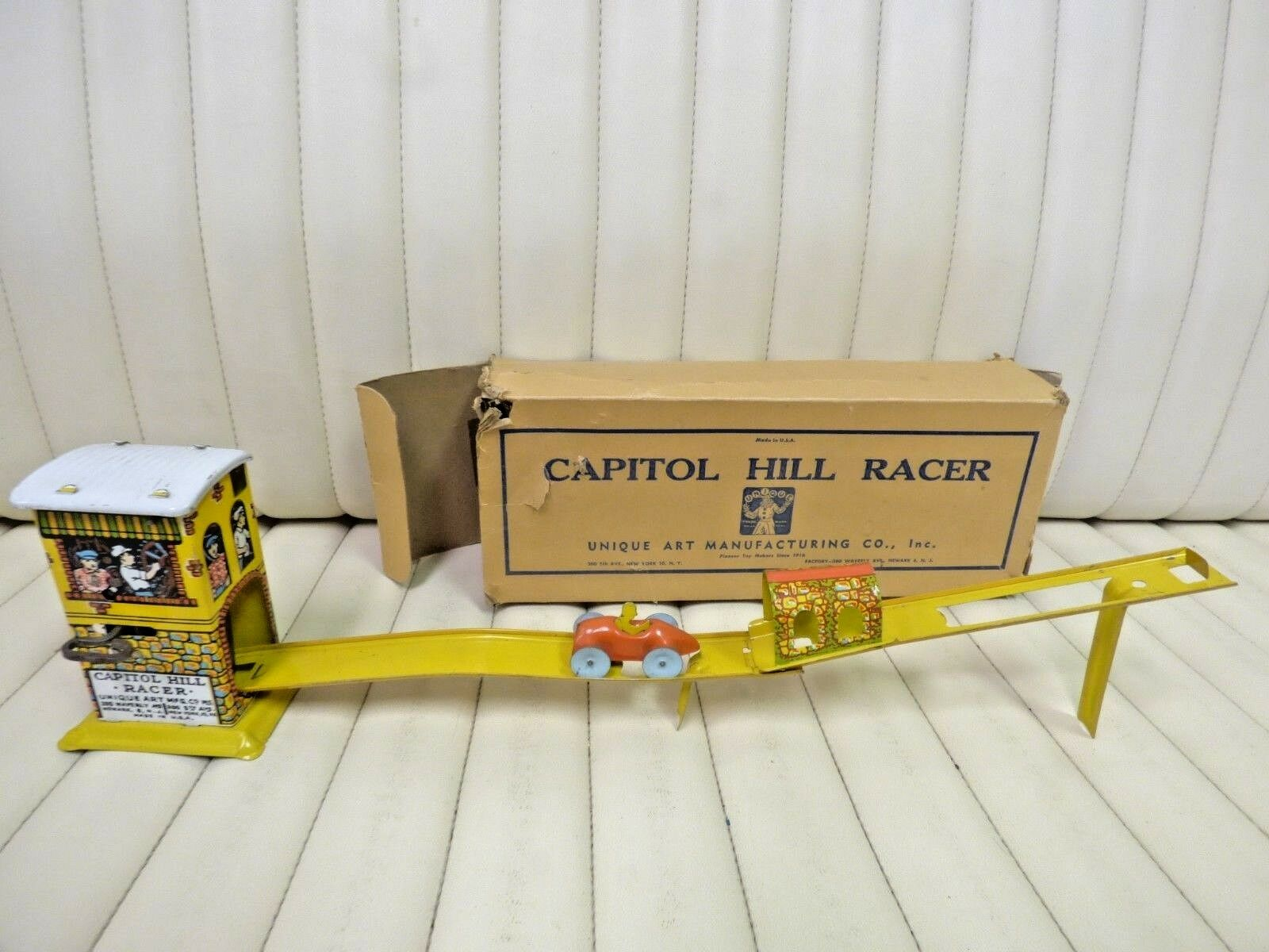 1930s Unique Art - Capitol Hill Racer    Wind-up Tin Lithographed Toy w  Box 0589ab