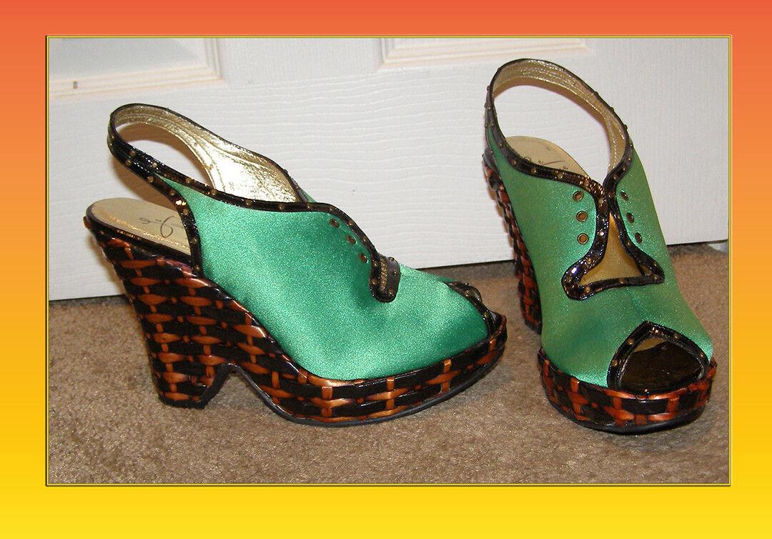 NEW Le  Due di Due Farina verde Satin Laceup Wedge scarpe da tallone sz 8 Anthropologie  in cerca di agente di vendita