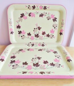 Details about Vintage Metal TV Trays 1940s 1950s Set 4 Cream Pink Brown  Leaves Retro Serving