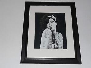 Framed Amy Winehouse B W Model Shot 2009 14 X17 Ebay