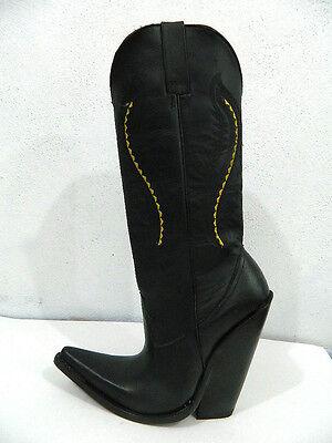 Men 7 inch heel cowboy boots made of