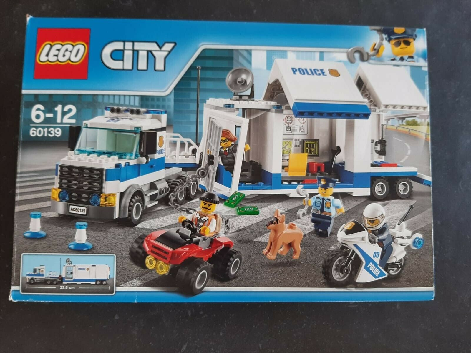 LEGO City Police Mobile Comhommed Center  60139 set (100% complete in box)  prix raisonnable