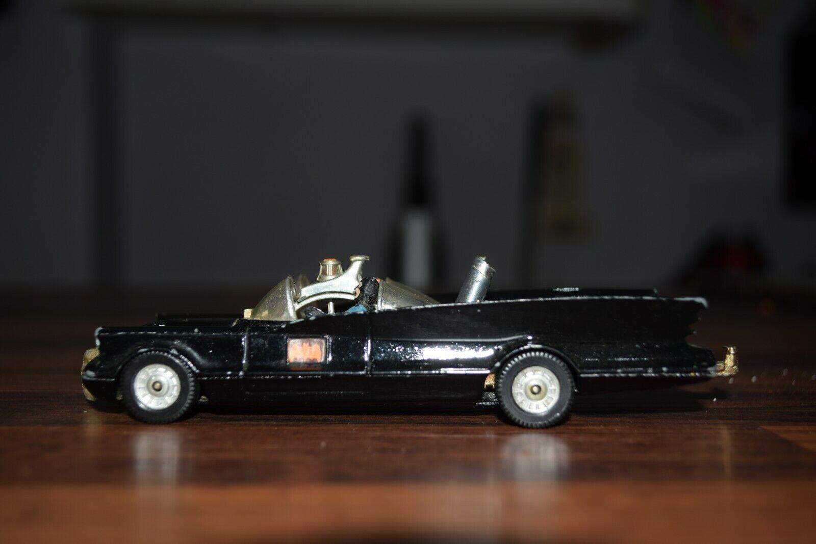 Vintage Corgi Nº 267 Original  Batman  Batimóvil Negro con figura clara pantalla