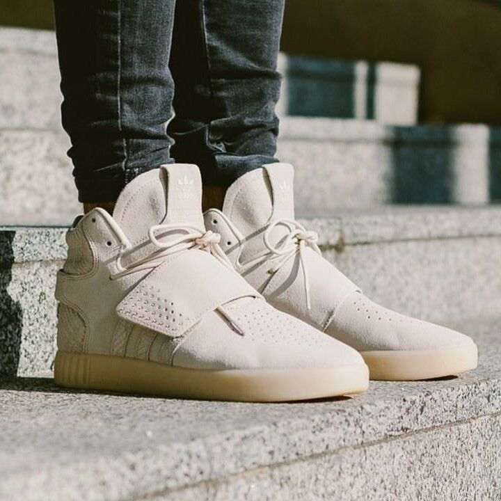 Adidas tubular Invader Sangle Beige Blanc en Cuir et Daim Baskets Hommes UK 12 12.5-
