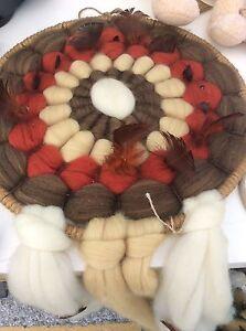 Vintage-Large-Handmade-Wool-amp-Feathers-Dream-Catchers