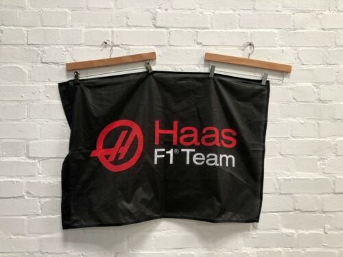 "34.5 x 23/"" New Black Haas F1 Logo Flag"
