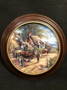 Wedgwood-034-Making-The-Hayrick-034-Country-Days-Boxed-Framed-Collectors-Plate