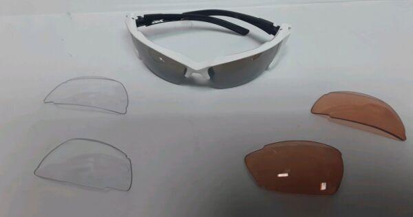 Attivo Avenir Polvere Multi Lenti Occhiali Bianco Nero Anteriore Braccia