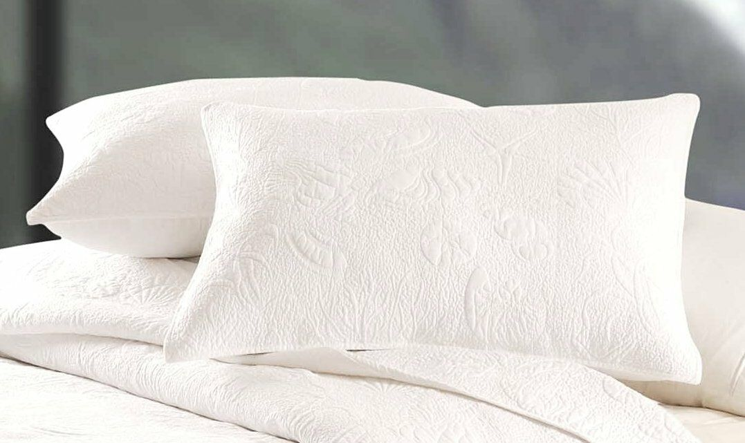WHITE SHELL STANDARD SHAM   BEACH HOUSE COTTON MATELASSE QUILTED PILLOW COVER