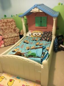 Little Tikes Storybook Cottage Child Size Bed, No Mattress ...