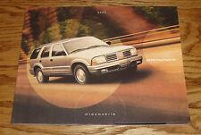 Original 2000 Oldsmobile Bravada Deluxe Sales Brochure 00