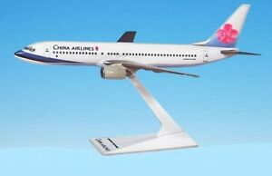 Flight-Miniatures-China-Airlines-Boeing-737-800-Desk-Top-1-200-Model-Airplane