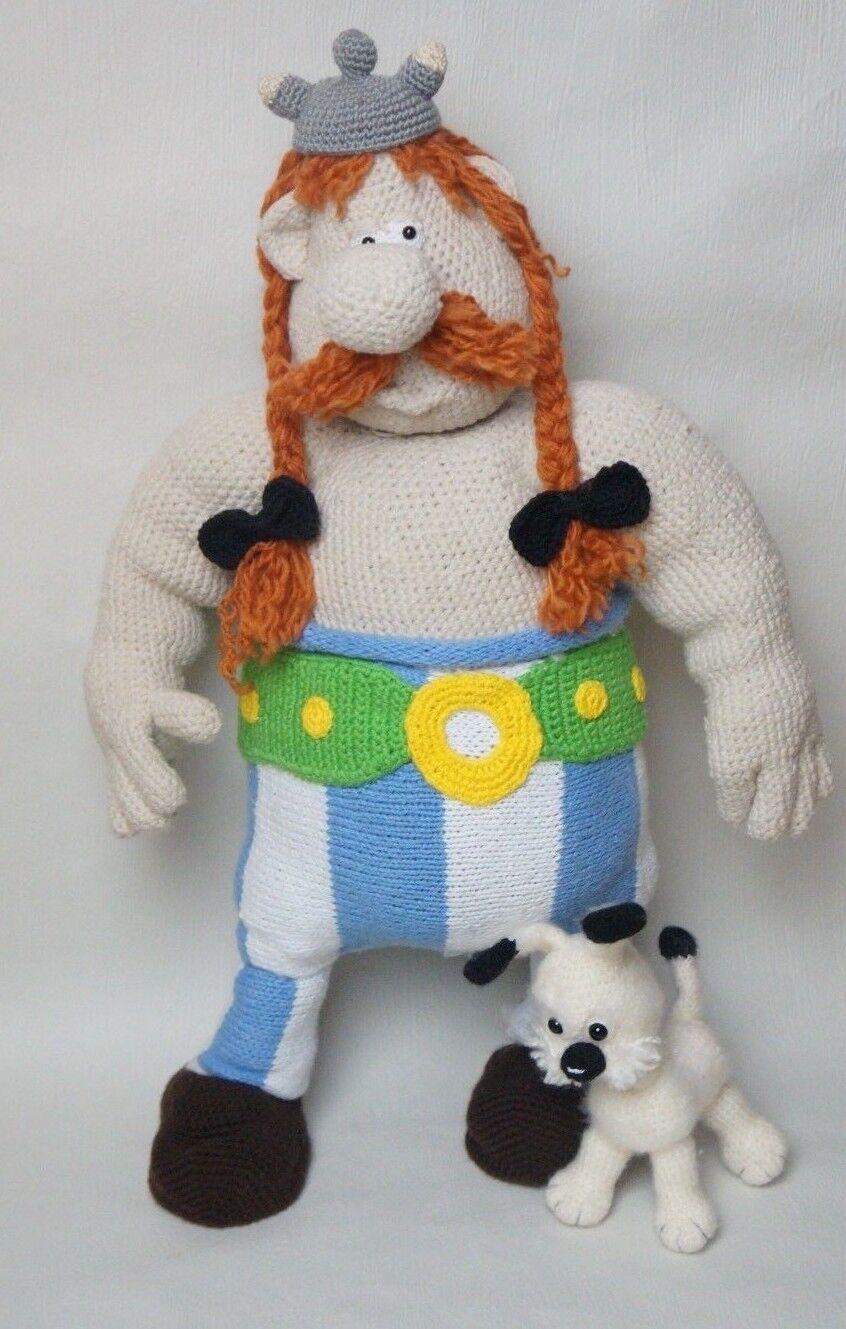 Puppe Amigurumi Obelix und Hund Idefix Handarbeit gehäkelt Deko UNIKAT