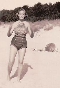 d2aa47aa56 Image is loading VINTAGE-1935-BLONDE-BEACH-BIKINI-BUSTY-UMBRELLA-HIDING-