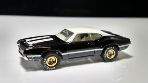 HOT-WHEELS-93-WARNER-BLAC-WHITE-TOP-STRIPES-Goodyear-Real-Riders-ADULT