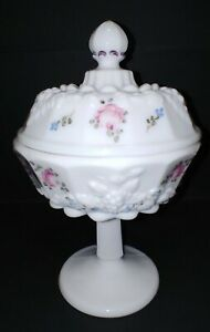 Westmoreland-PANELED-GRAPE-ROSES-amp-BOWS-WHITE-4-1-2-034-COMPOTE-w-LID