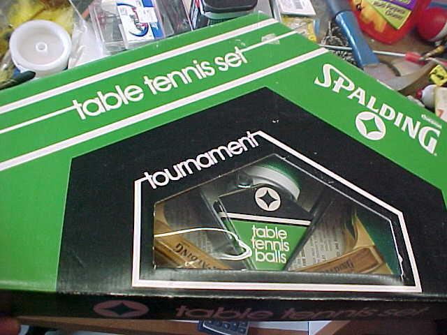 BS6 Vintage unused in box Spalding Table tennis set oak laminated handles