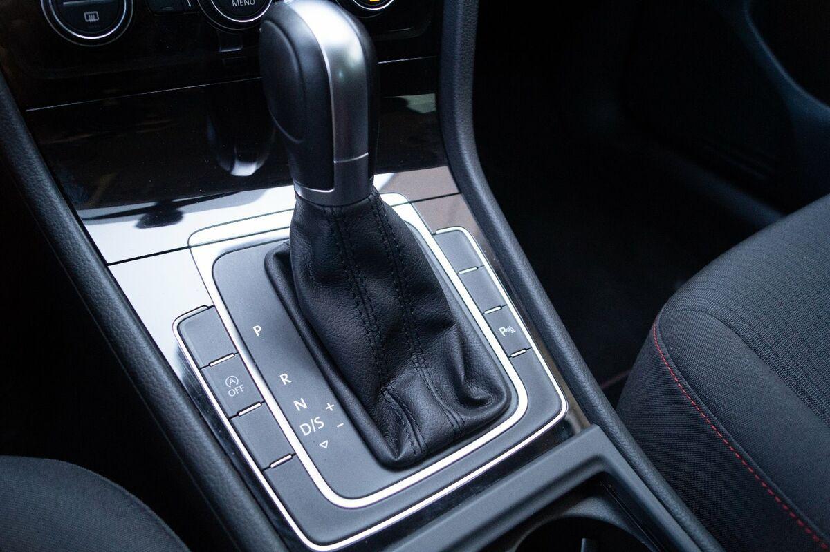 VW Golf VII TDi 115 Comfortl. Variant DSG