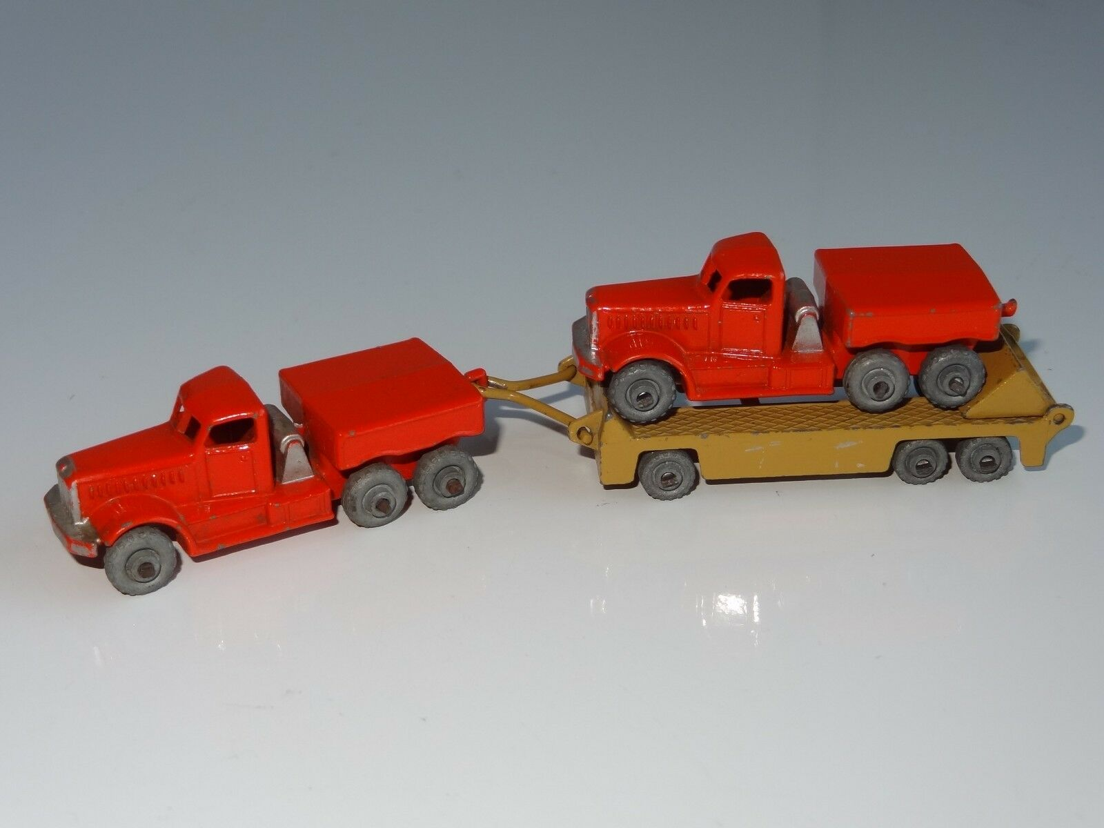 (W) lesney matchbox PRIME MOVER (X2) & TRAILER WITH RAMP - 15   16
