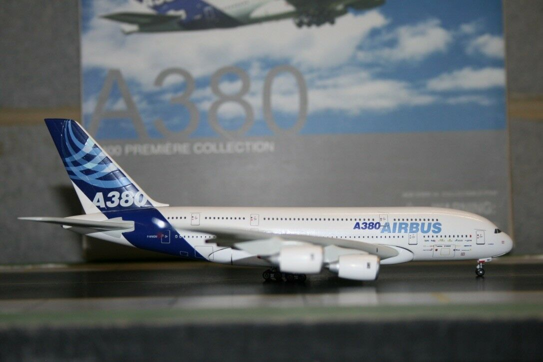 Dragon Wings 1 400 Airbus Industries A380-800 F-WWOW (55842) Model Plane