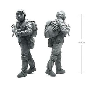 1-35-Resin-Figures-Model-Biochemical-Weapon-Soldier-Mould-Set-Collectable-New