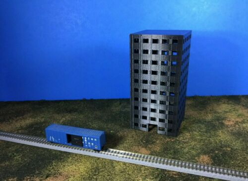 10 Story APARTMENTS or OFFICES City Building Z Scale 1:220 No Assembly Required!