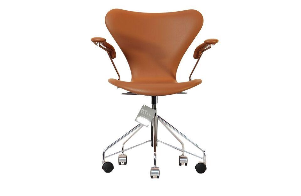 3217, Arne Jacobsen