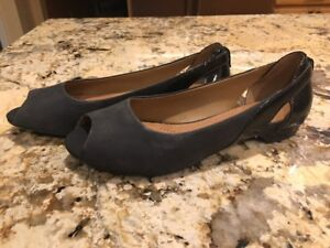 Clarks-Artisan-Women-039-s-Black-Leather-Peep-Toe-Patent-Heel-Shoes-Size-6-5-M-EUC