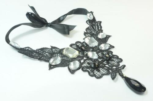 LADIES ELEGANT BLACK LACE CHOKER WITH CHUNKY RHINESTONE PIECES CL17